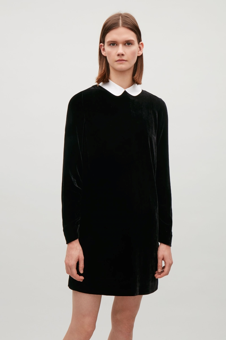 cos image 5 of velvet dress in black idnmmhm