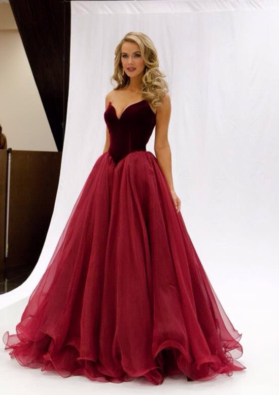 Red Prom dresses: Look Awesome