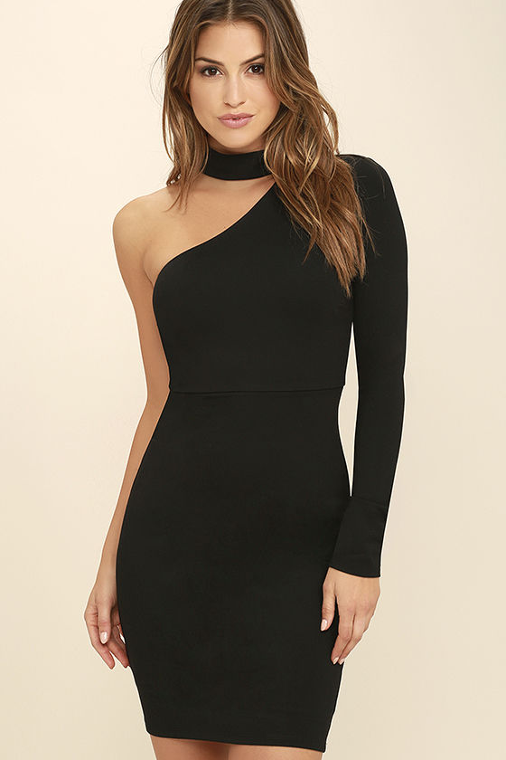 One Shoulder Dresses: Sexy Piece to  Add In Wardrobe