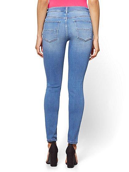 petite jeans ... soho jeans - destroyed curvy legging - blue society wash - petite ciyxwoj