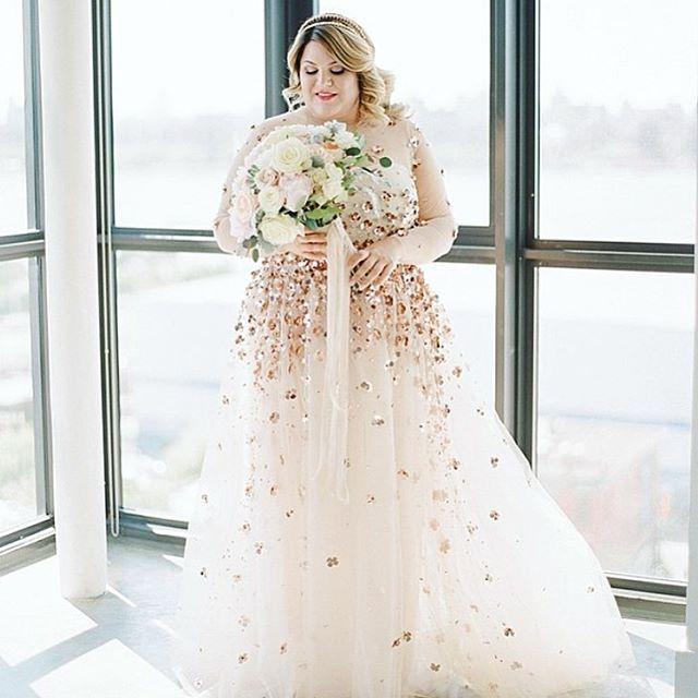plus size wedding dress fashion editoru0027s fabulous same-sex brooklyn wedding with a custom christian  siriano gown ptyymoe