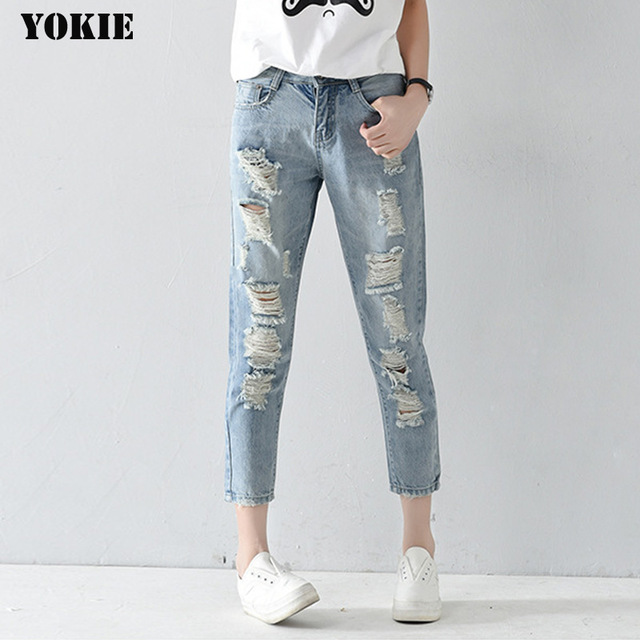 Ripped Jeans For Women: Necessity Of Each Women