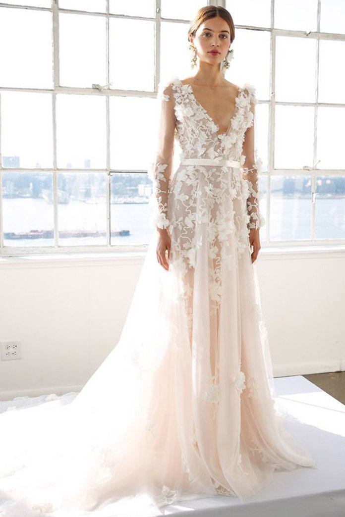 the 10 most popular lace wedding dresses, according to pinterest dssgwnq
