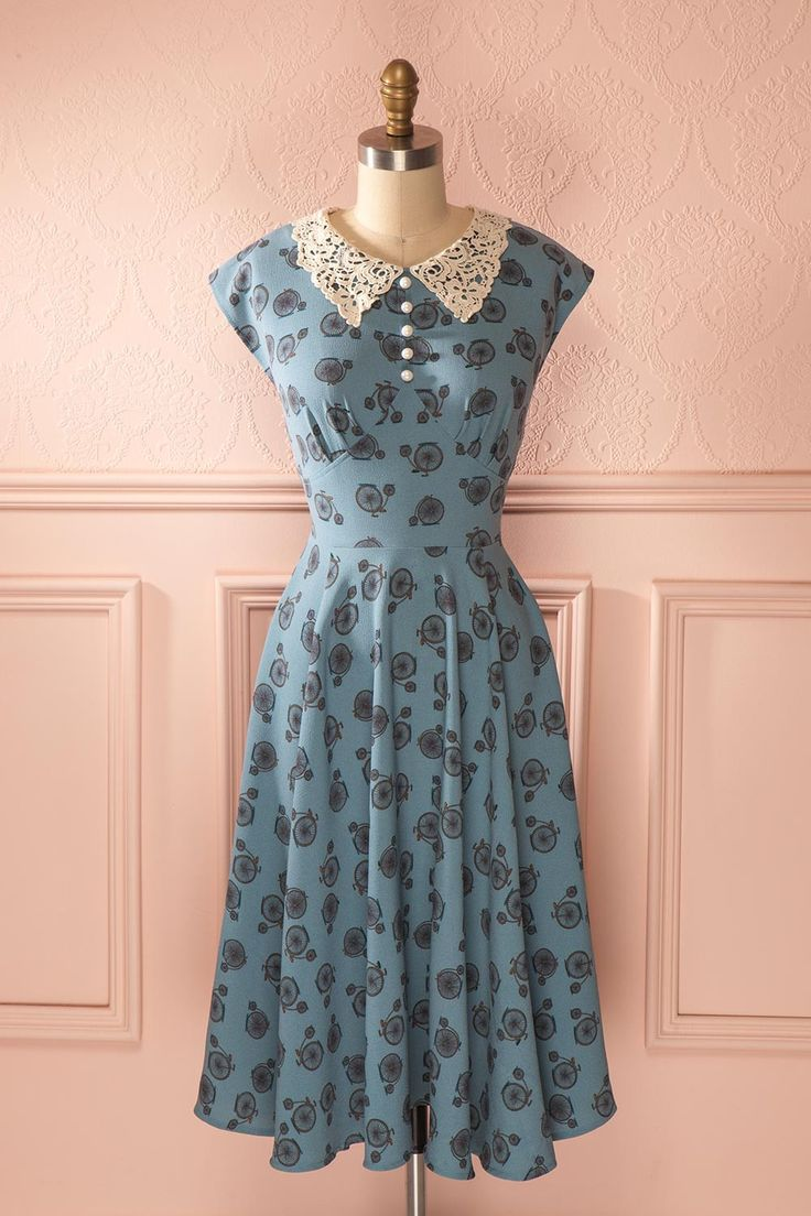 vintage style dresses are from a particular period of fashion of a bygone anblyjp