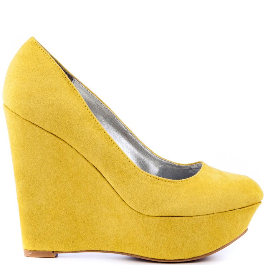 yellow shoes genevieve - yellow suede main view waoeass