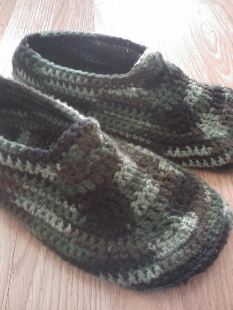 ... free crochet slipper patterns adult kid teen women men free crochet nqyrvgz