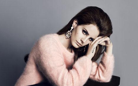 angora sweater lana_del_rey_hm_pale-pink-angora-blend-sweater-side wwayhvk