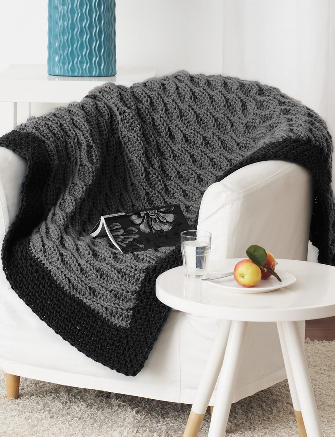bernat patterns quick u0026 easy blanket yvzelhn