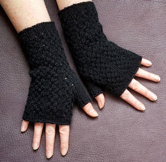 black lace fingerless gloves knitting pattern jlicmoe