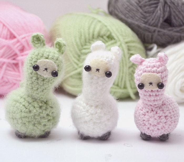 crochet animals miniature-crochet-animals-woolly-mogu-7 aaqqgna