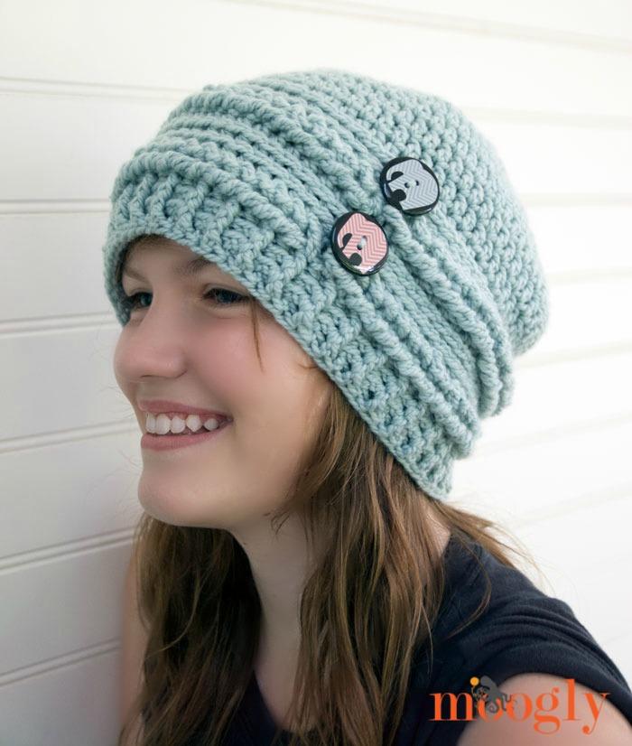 crochet beanie ups and downs slouchy beanie - free #crochet pattern on mooglyblog.com with mxsgtnc
