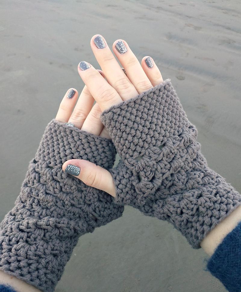 crochet fingerless gloves chunky fingerless gloves (free crochet pattern) fmfuprv