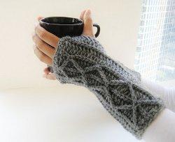 crochet fingerless gloves lightning fast fingerless mitts nujmnno