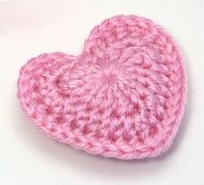 Crochet Heart Pattern love hearts crochet pattern by planetjune pbeerii