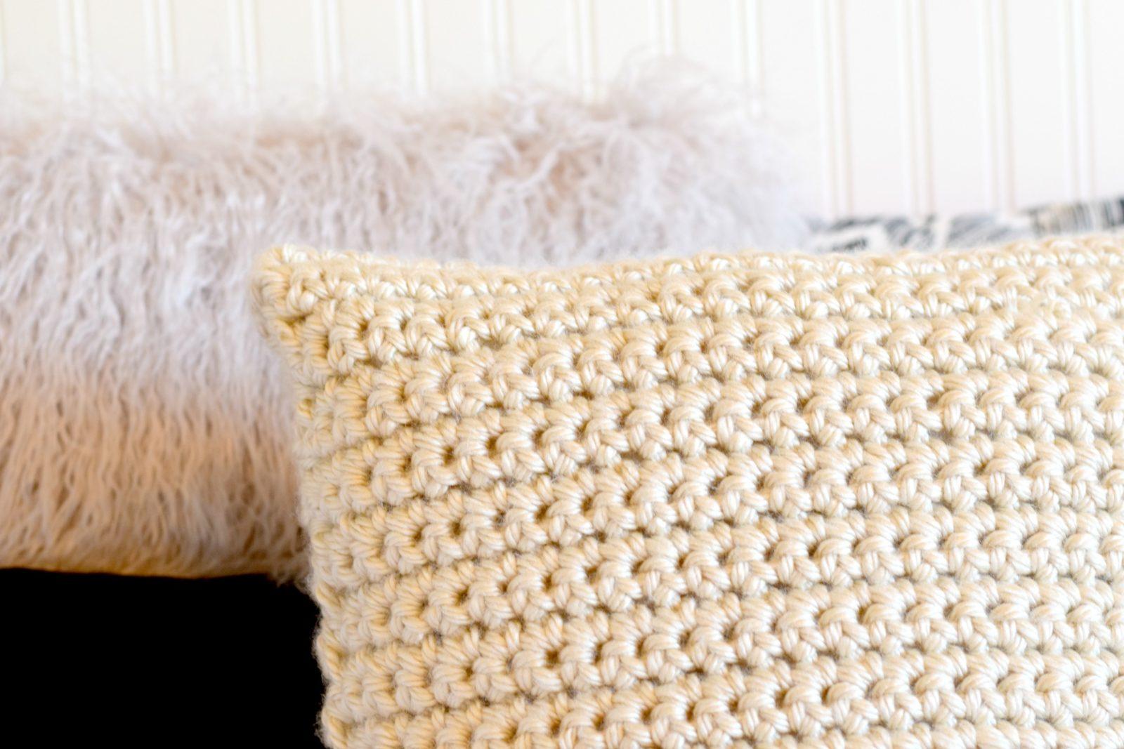 crochet pillow crochet-chunky-pillow-pattern-1 mcqynyl