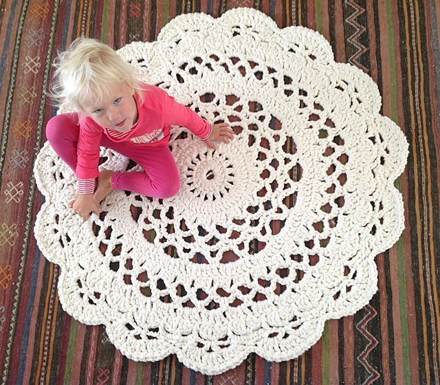 crochet rug my giant crocheted doily rug pattern in finnish, matto - ohje tcmmvbe