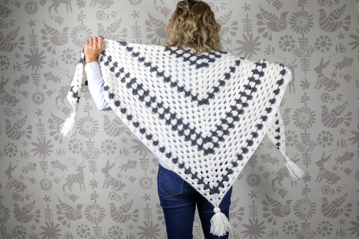 Crochet Shawl & Its Various Features