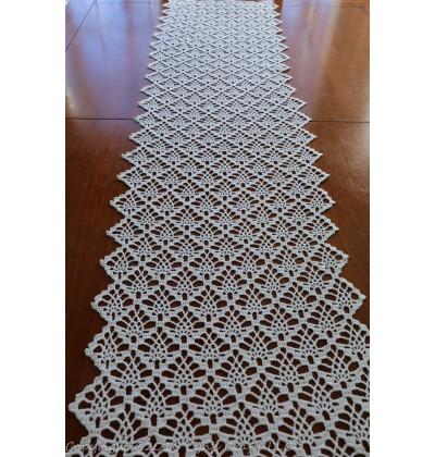 crochet table runner sweet little pineapples table runner vehflkp