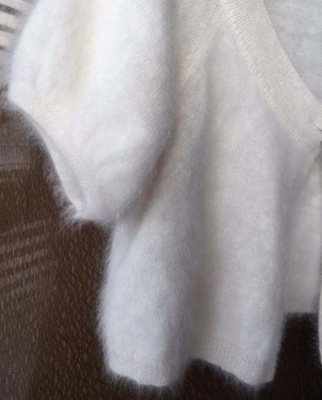 express creme angora sweater/pullover size 8 (m) - tradesy obkyytl