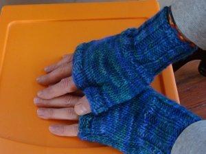 fingerless gloves knitting pattern two hour fingerless gloves xzhmond