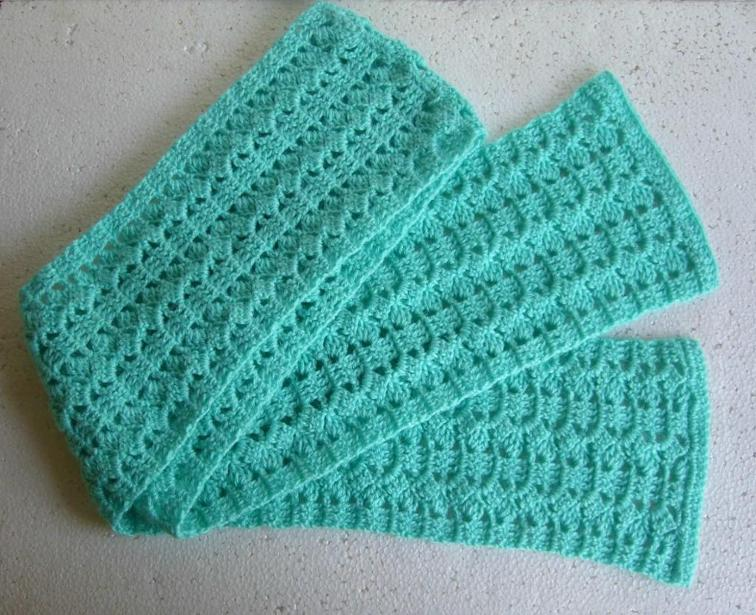 Finding The Patterns: Free Crochet Scarf Patterns