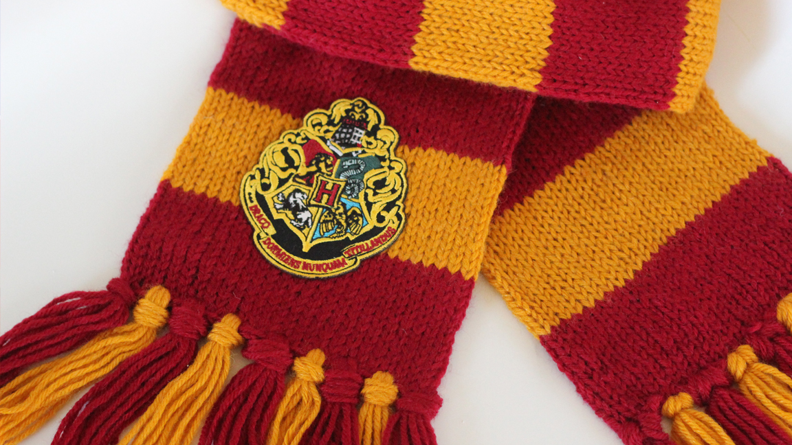 free knitting patterns for scarves how to knit a harry potter gryffindor scarf with studio knit | free dsszlii