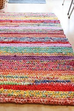 handmade crochet rug - rag rug out of t-shirts ueyxzut