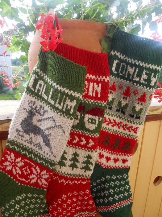 Knit Christmas Stockings like this item? jwpxcwq