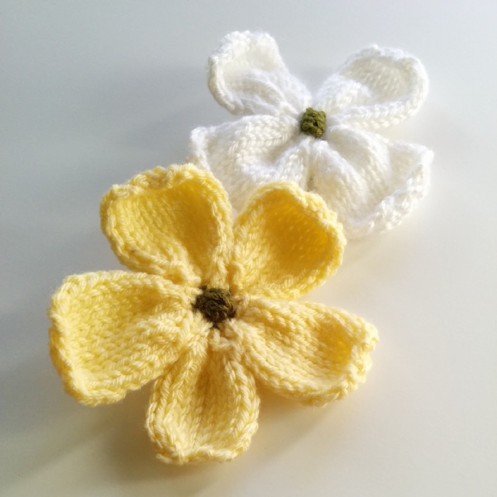 knitted flowers knitted dogwood blossoms. click to enlarge. small knit flowers. dzvtqgc