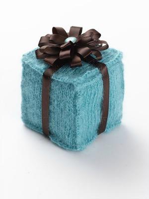 Knitting Gifts knitted-gift-box bhitolj
