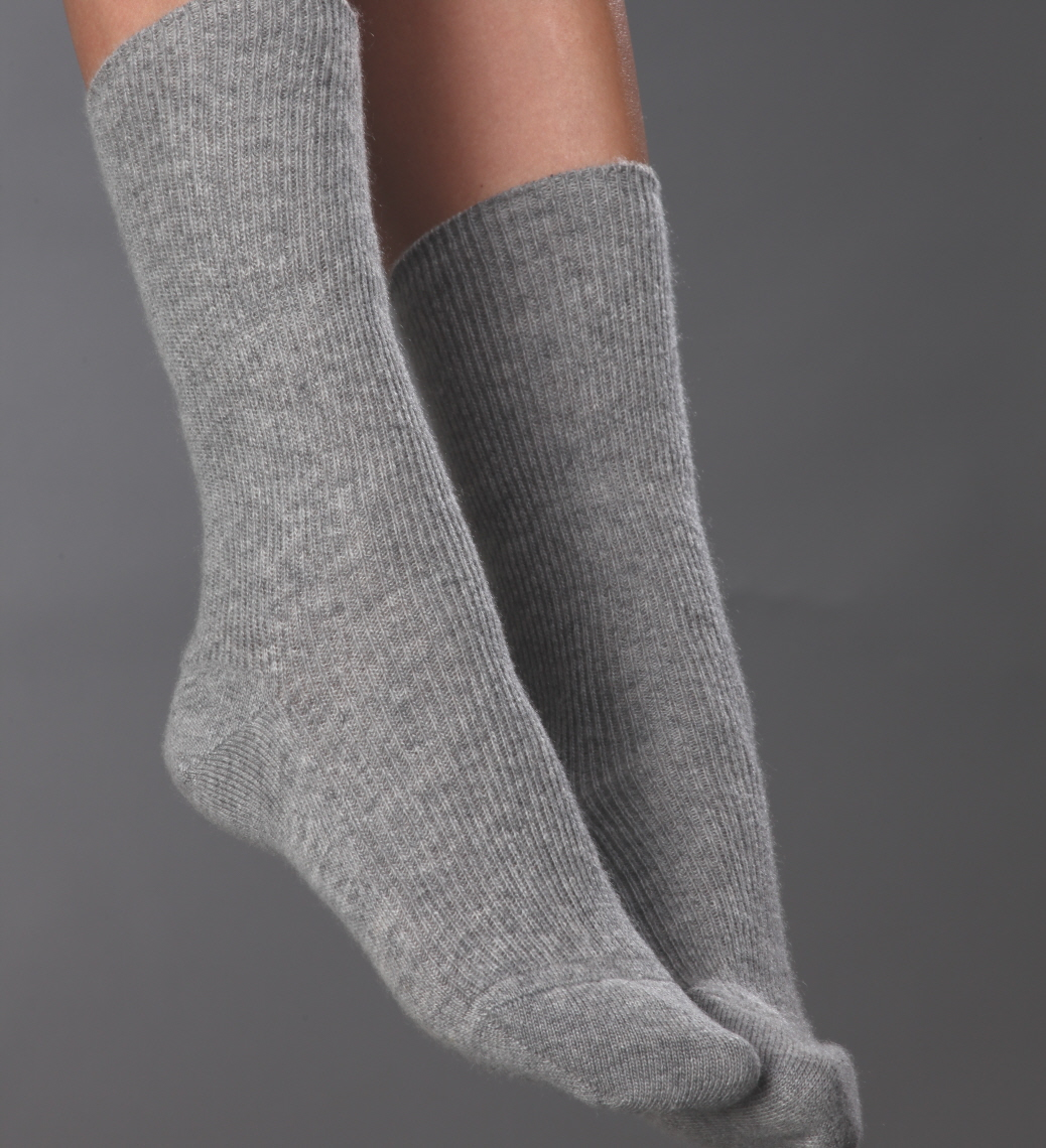 Do Cashmere socks really come to you rescue in winter?