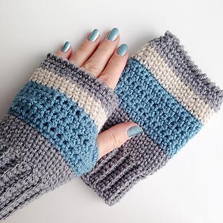 ravelry: stormy skies fingerless mittens pattern by kathryn senior qveiblf