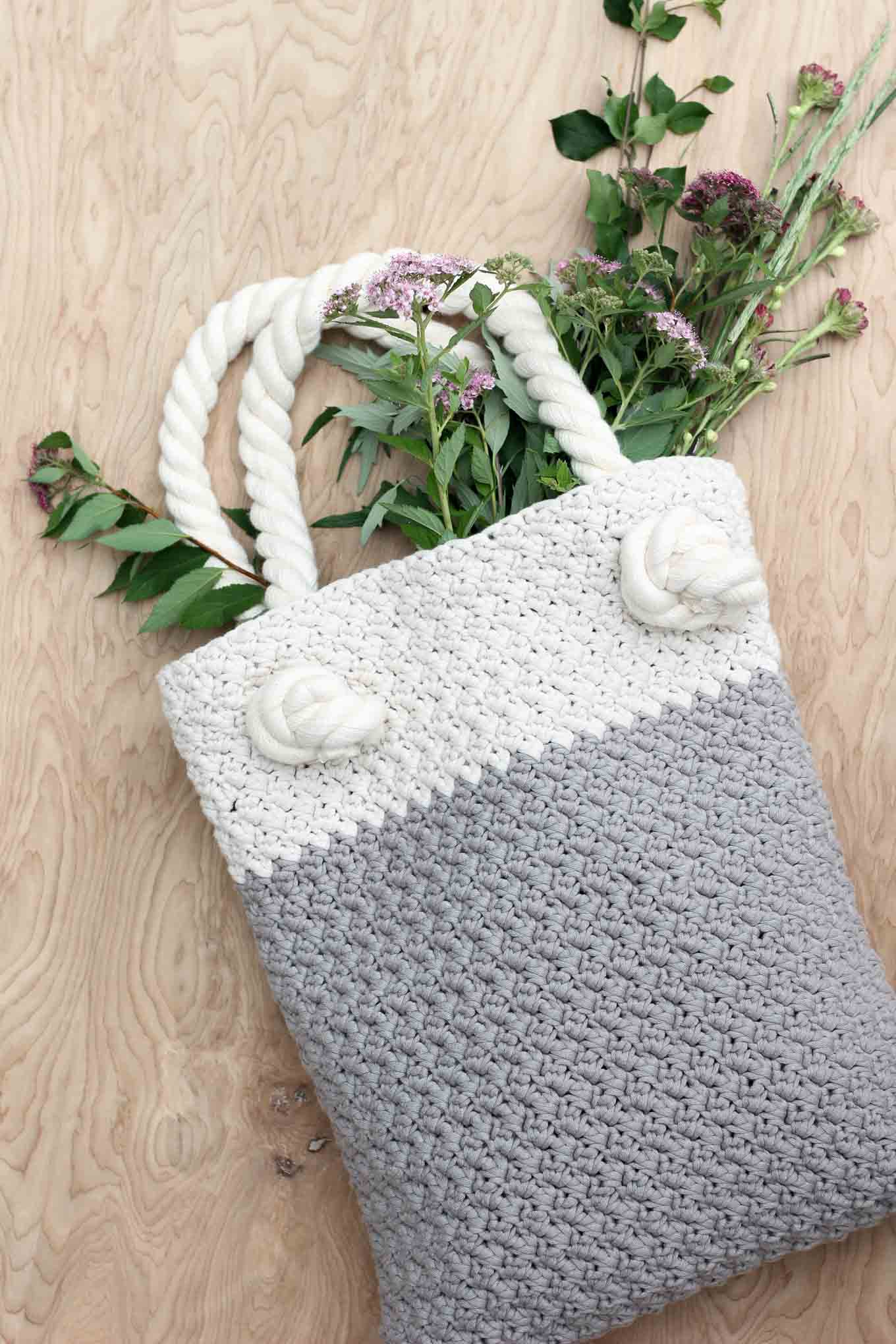 this free crochet bag pattern for beginners is deceptively simple because  itu0027s jkojqzt