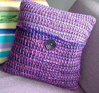 tunisian crochet pillow. pfitxdc