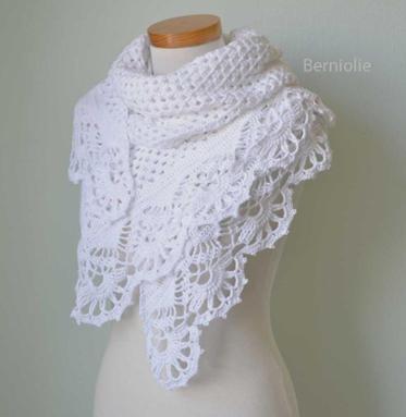 victoria, crochet shawl pattern iomhfva