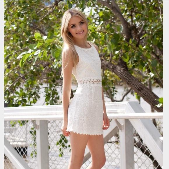 white crochet dress m_56d82f3fbcd4a727f40024e9 arxumru