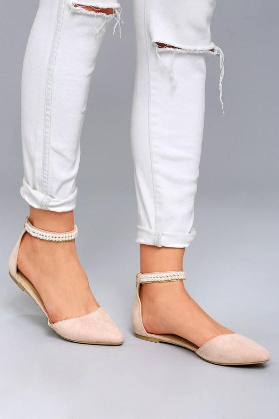 Perfect ankle strap flats to   wear with all kind of outfits