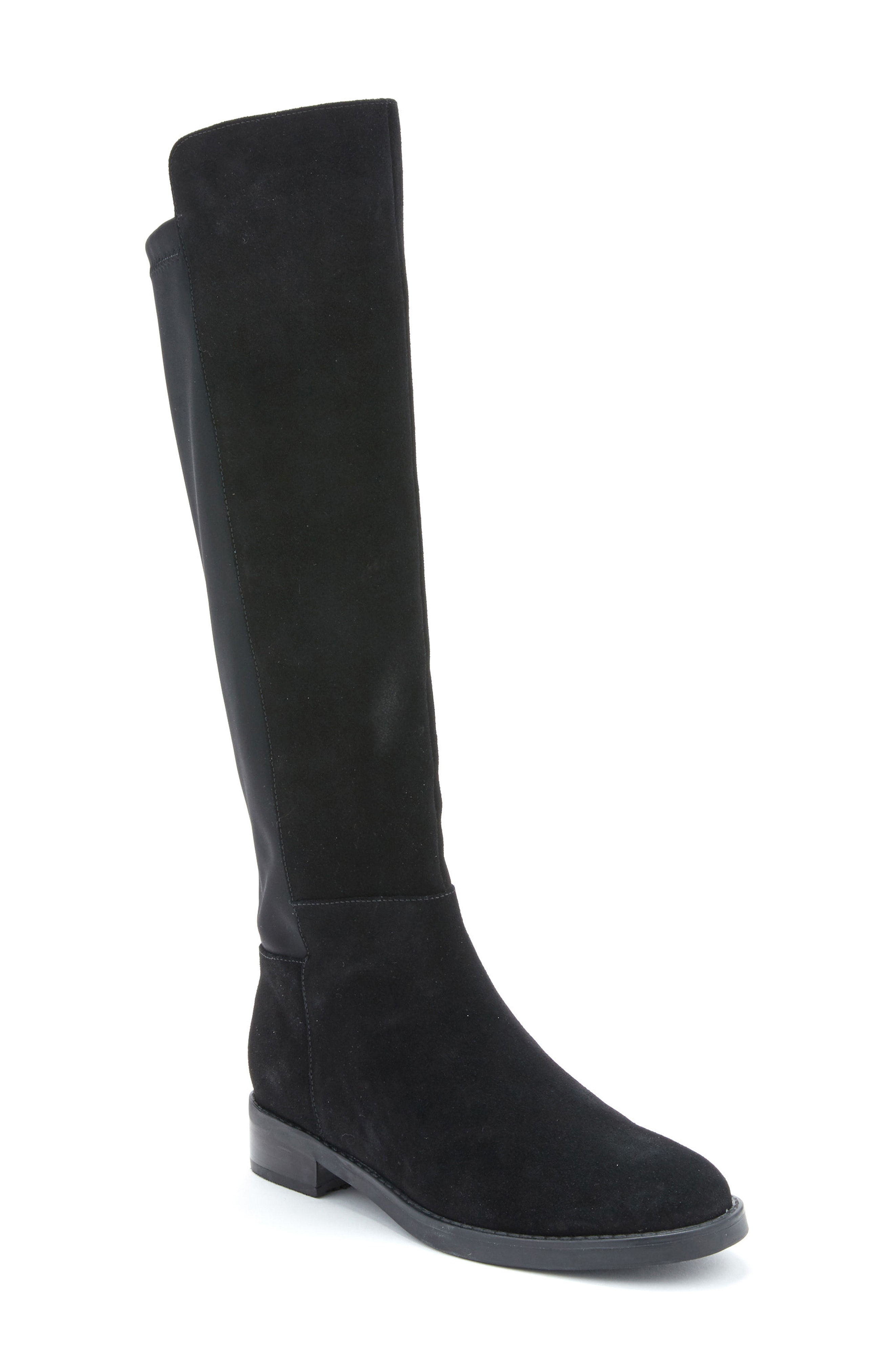 Black knee high boots: Rock this Fall/winter trend