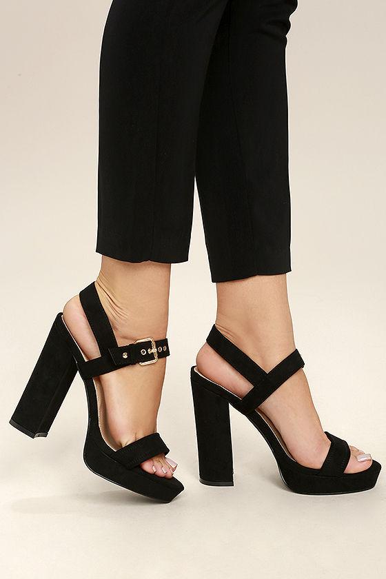 Black Platform heels for your   classy looks