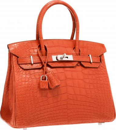 Choose the expensive handbags which can match your style