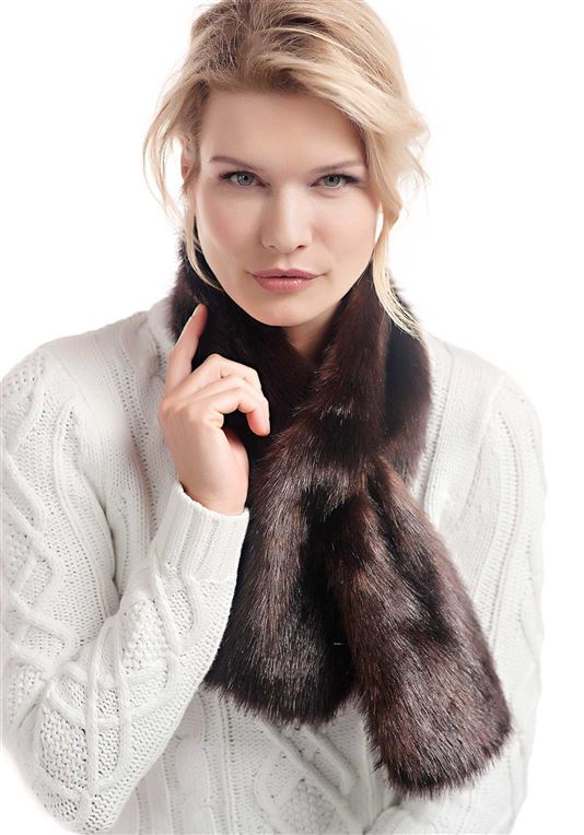 Sable Faux Fur Pull-Through Scarf | Womens Faux Fur Scarves - Donna