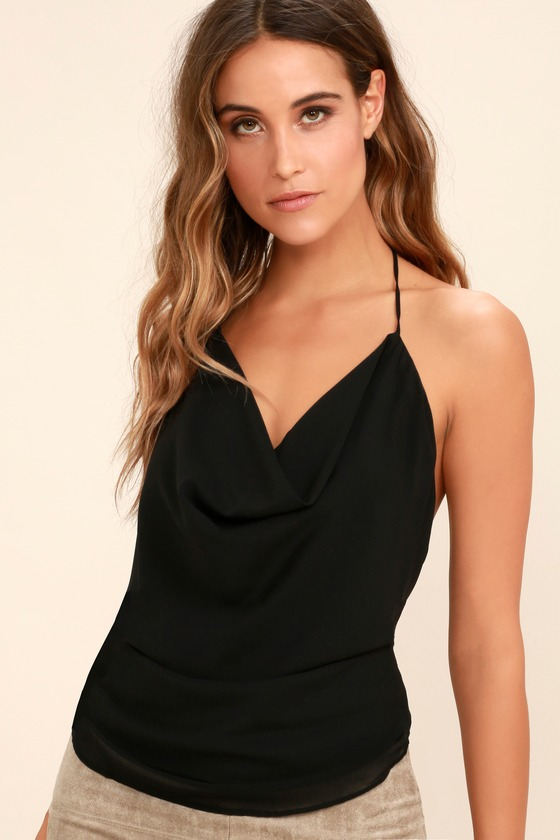 Make your style with Halter   top to manage the antique appearance