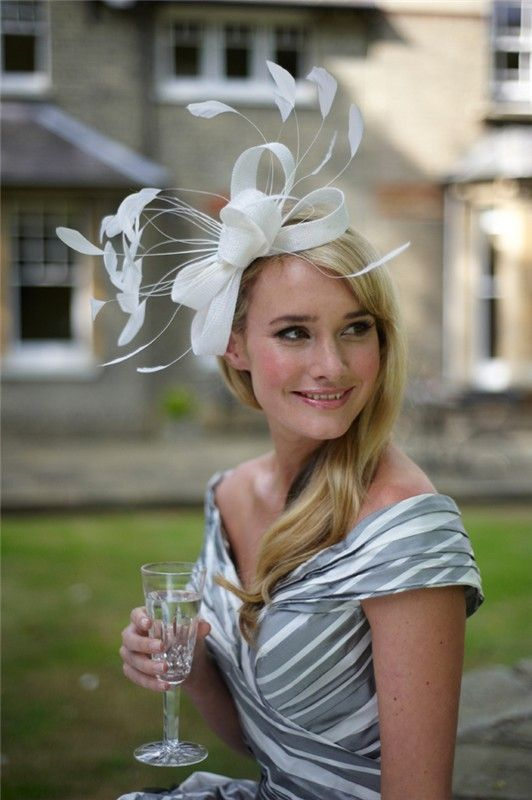 Hats at weddings: Yes or no? | CHWV | CHWV ❤ Wedding Guest Outfits
