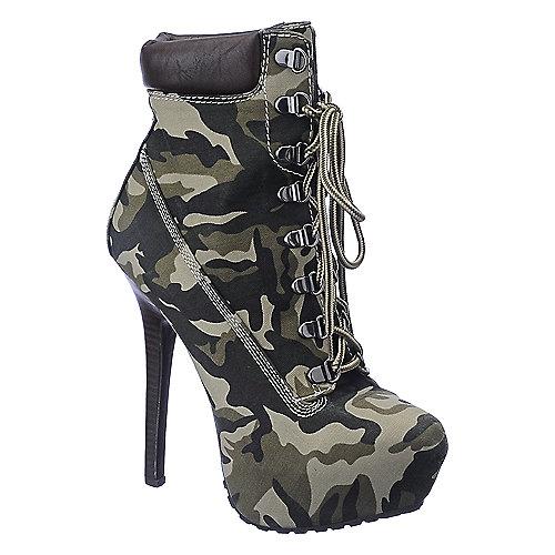 Dollhouse Womens Tyrant camo platform high heel ankle boot | Shiekh