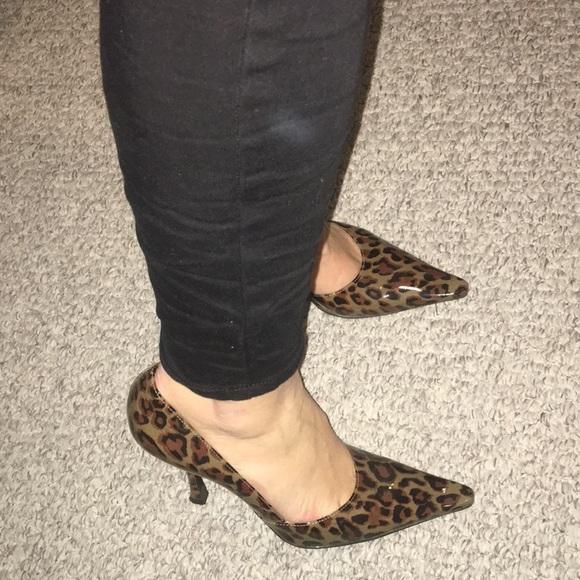 BCBGirls Shoes   Leopard Bcbg Girls Pumps So Comfortable   Poshmark
