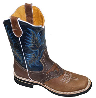 Look stylish with best pair of   mens cowboy boots