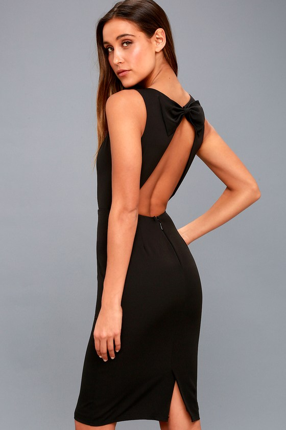 Fashions and style last forever with open back dresses