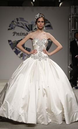 Pnina Tornai 4019, $4,000 Size: 10   Used Wedding Dresses