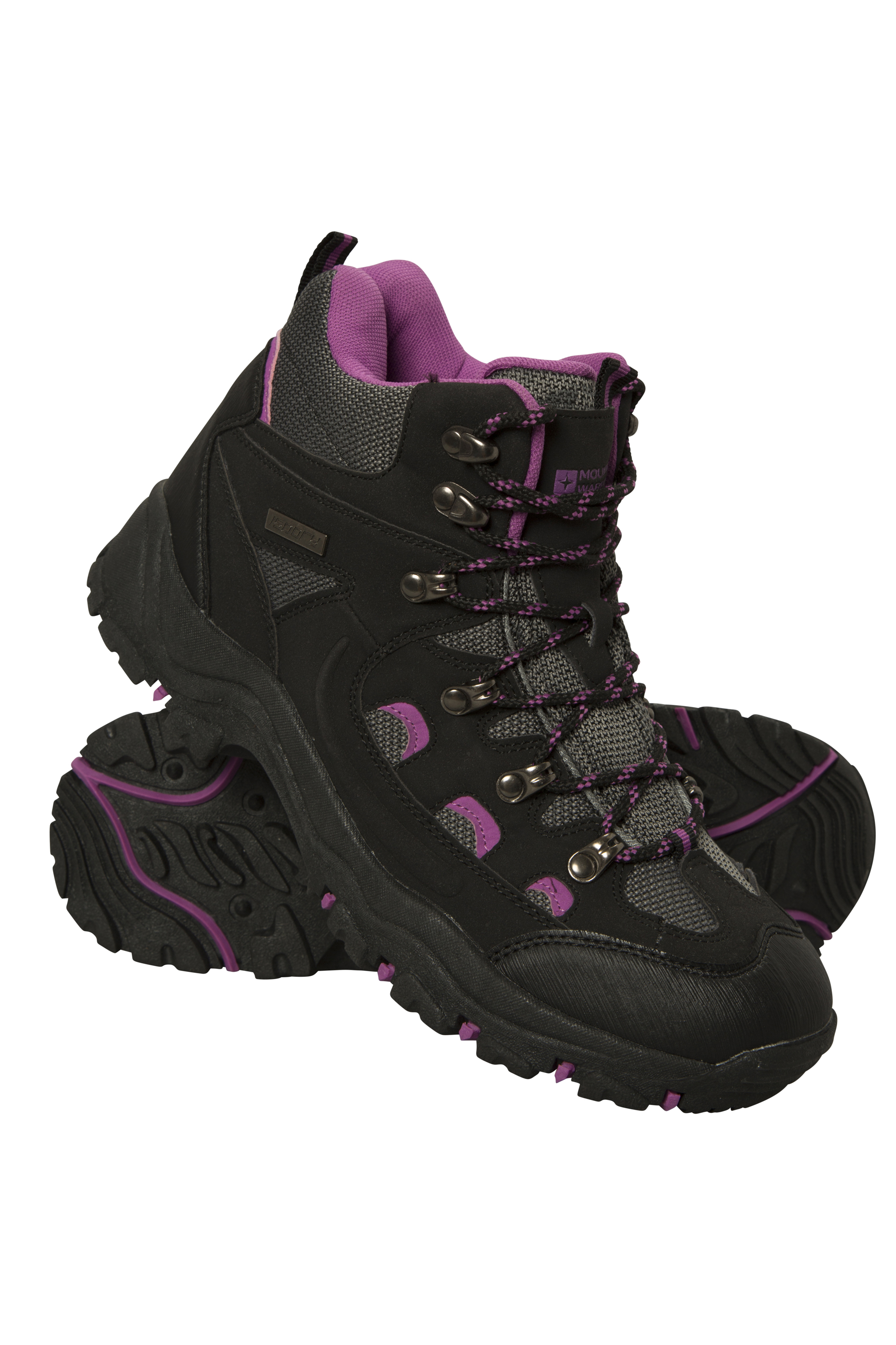 Comfortable walking boots that prevents ankle injury