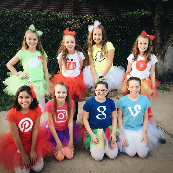 50+ Group Halloween Costumes That You Must Know | Cute group .